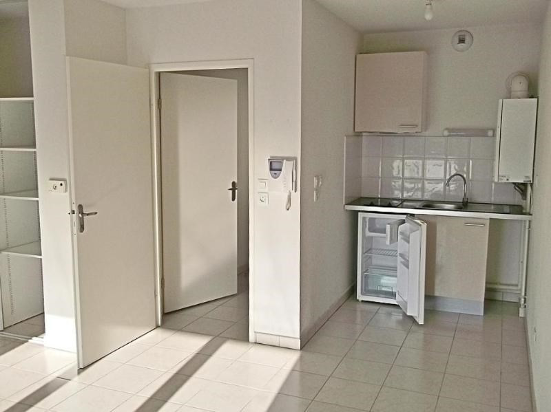 Rental apartment Toulouse 392€ CC - Picture 2