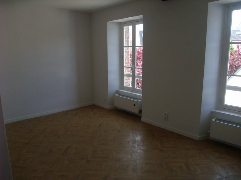 Location appartement Coutances 370€ CC - Photo 1