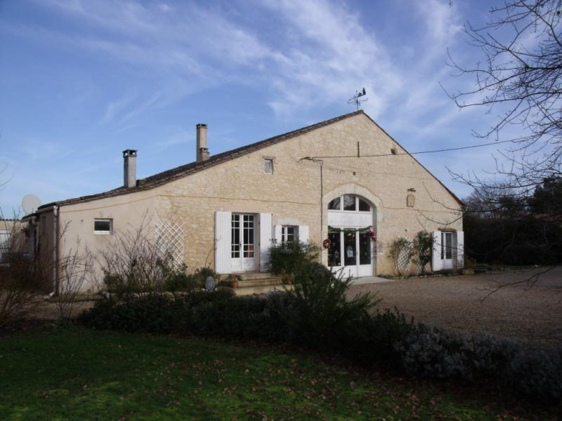Sale house / villa Le fleix 349000€ - Picture 1
