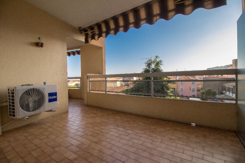 Sale apartment Saint laurent du var 179 000€ - Picture 1