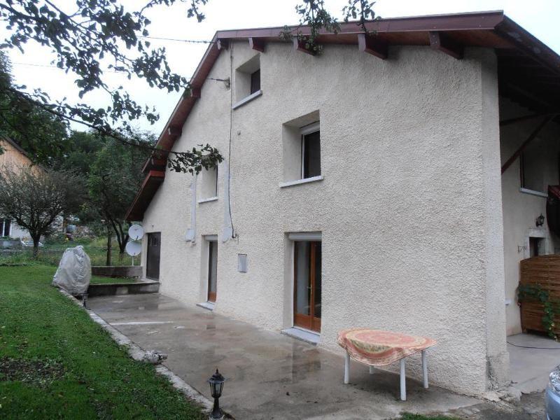 Rental apartment Belleydoux 646€ CC - Picture 1