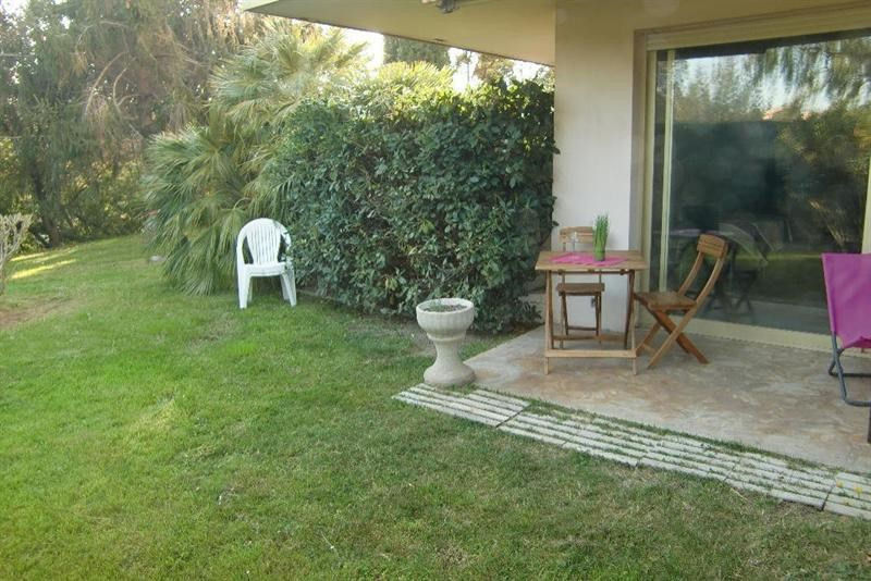 Location vacances appartement Mandelieu  - Photo 1