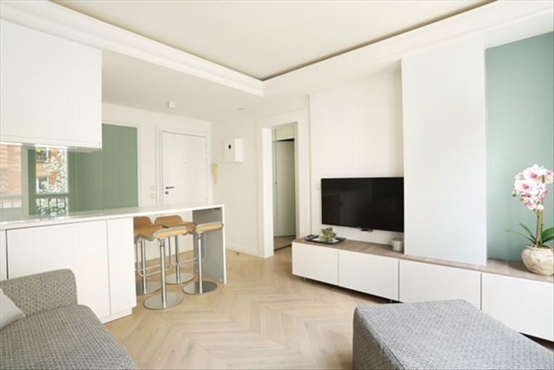 Location appartement Paris 4ème 1668€ CC - Photo 3