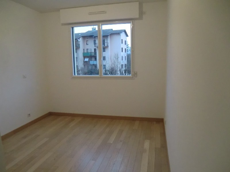 Location appartement Aix les bains 860€ CC - Photo 9