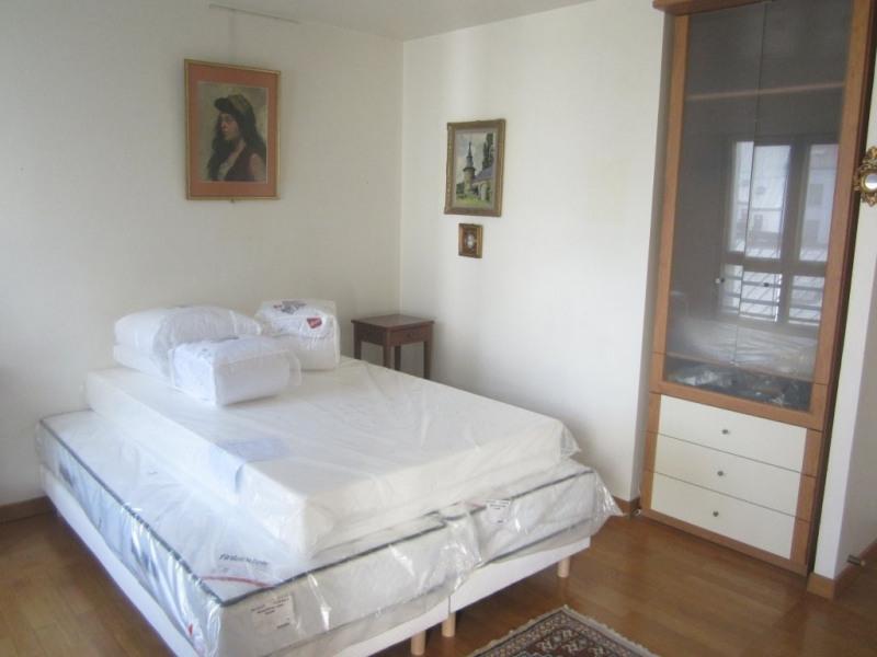 Rental apartment Paris 11ème 2373€ CC - Picture 2