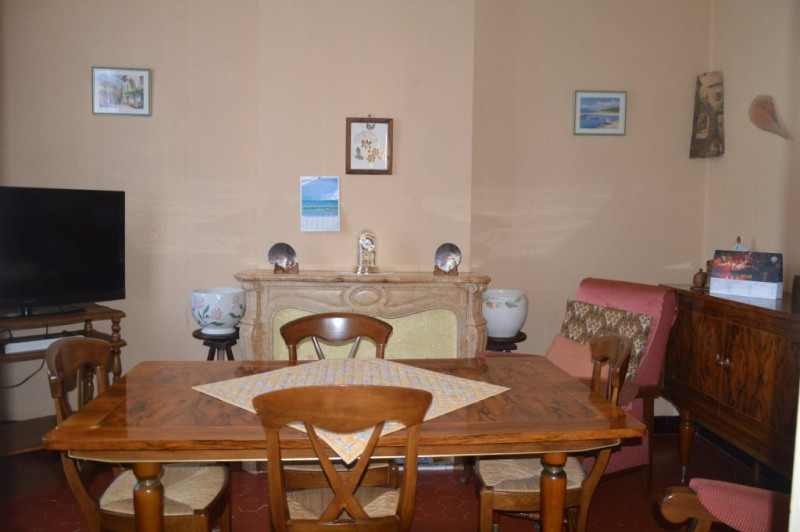 Sale house / villa Toulon 294000€ - Picture 4