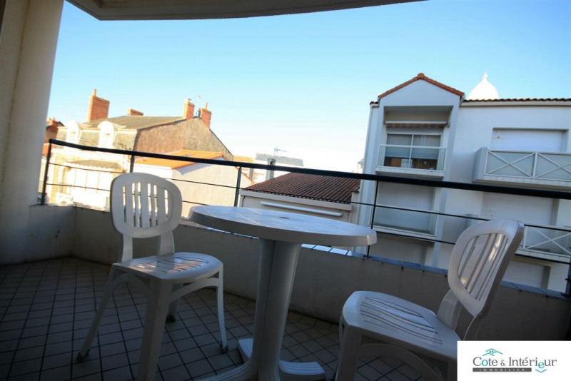 Sale apartment Les sables d olonne 119 000€ - Picture 1