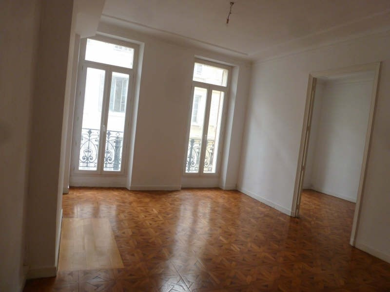 Rental apartment Marseille 1er 880€ CC - Picture 3