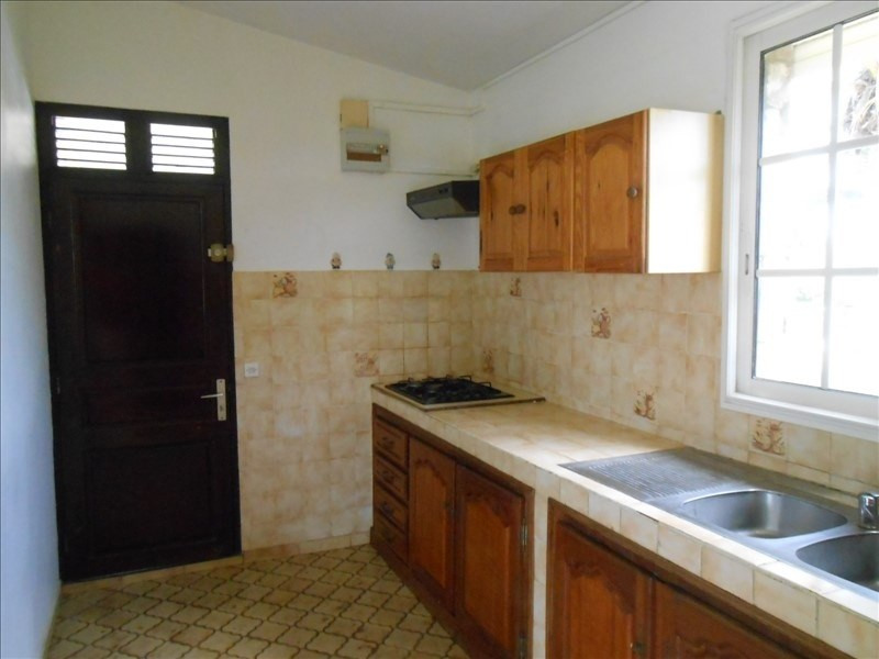 Sale house / villa Capesterre belle eau 220000€ - Picture 2