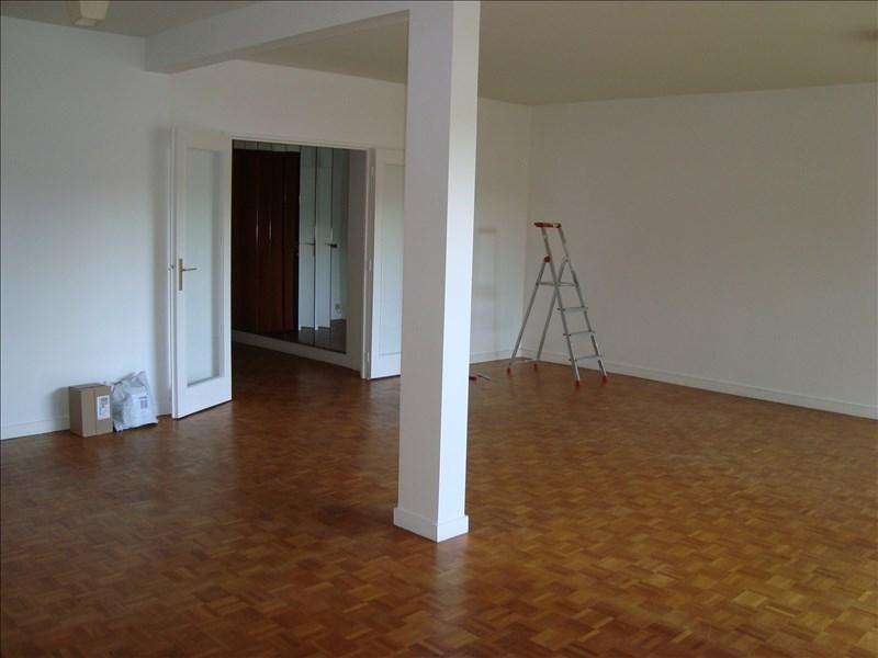Rental apartment L'etang la ville 1800€ CC - Picture 2