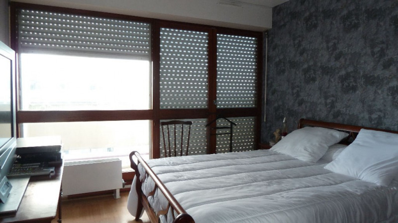 Sale apartment La rochelle 118800€ - Picture 6