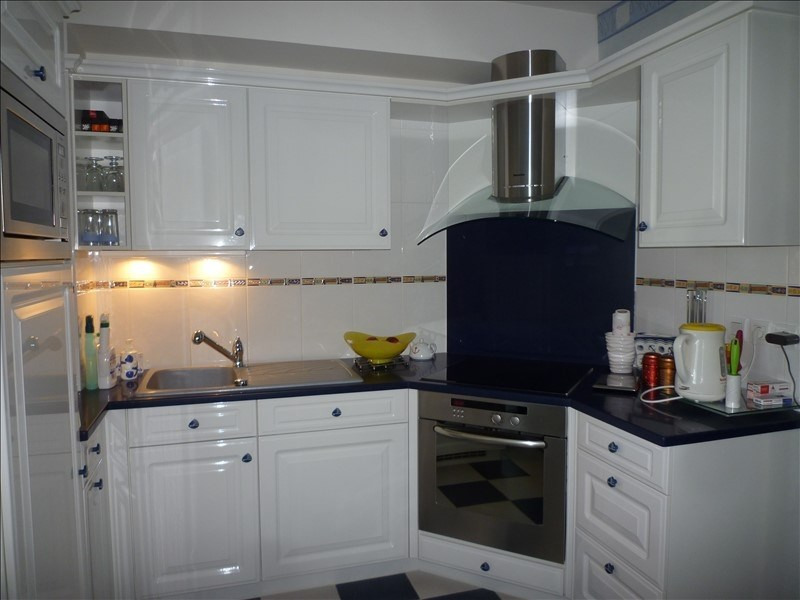 Vente de prestige appartement St martin de brehal 449000€ - Photo 6