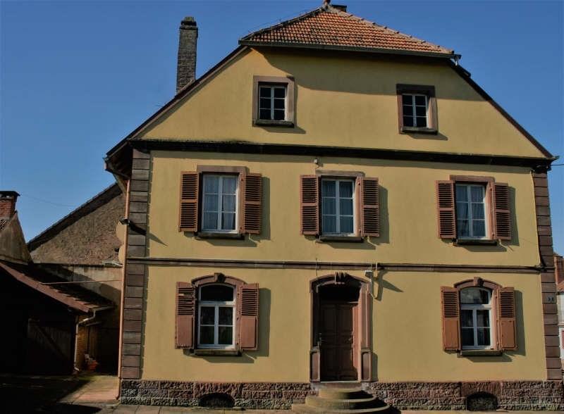 Sale house / villa Bust 213000€ - Picture 1