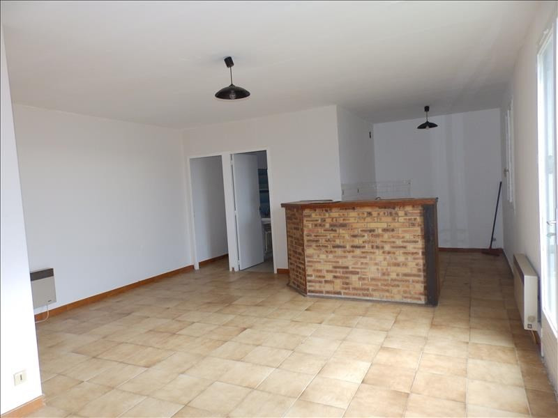 Rental apartment Moulins 380€ CC - Picture 1