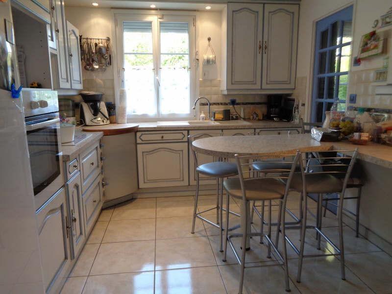 Sale house / villa Lesigny 380000€ - Picture 6