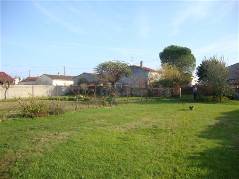 Vente maison / villa Villeneuve-la-comtesse 148400€ - Photo 4