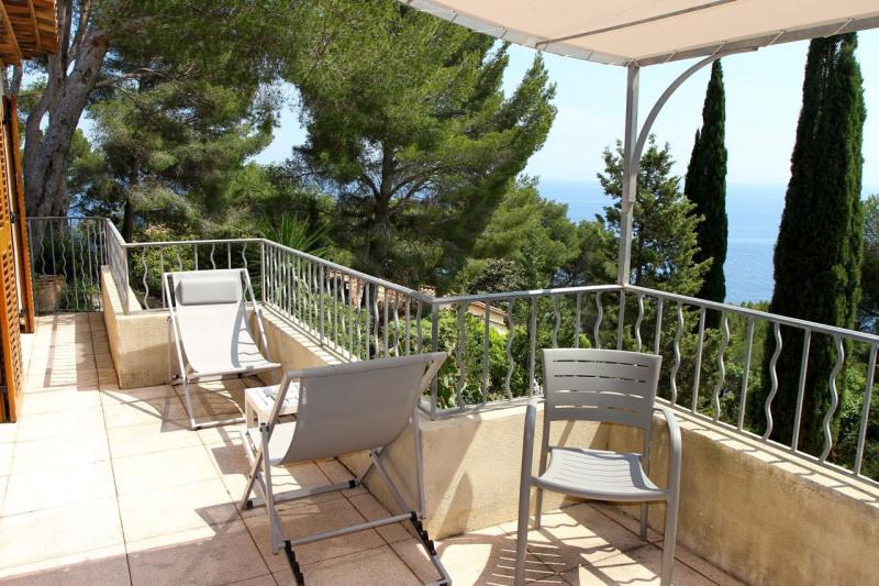Location vacances maison / villa Cavalaire sur mer 1500€ - Photo 6