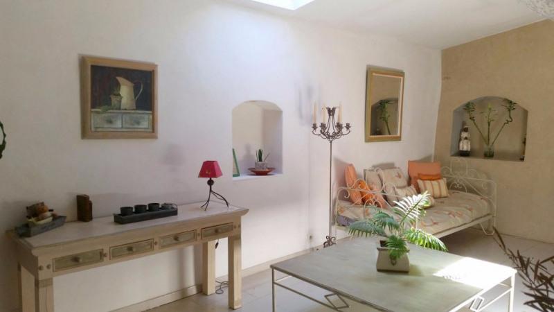 Location maison / villa Eguilles 1300€ CC - Photo 1