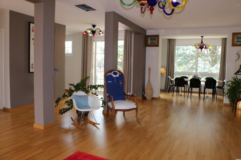 Sale house / villa St nom la breteche 990000€ - Picture 11