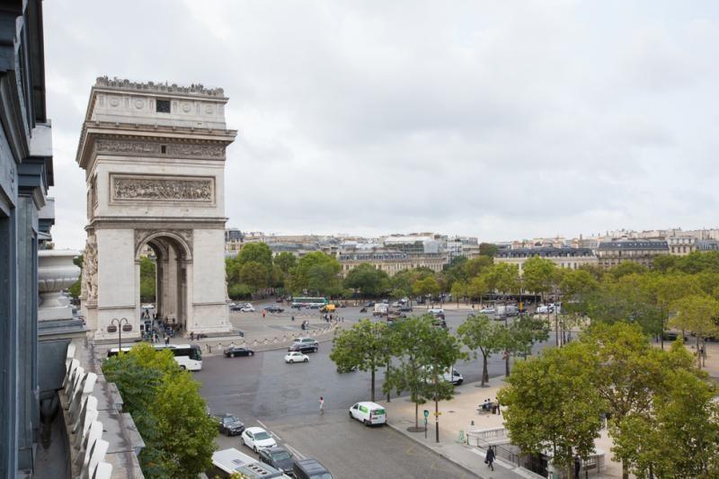 Vente de prestige appartement Paris 8ème 2099000€ - Photo 1