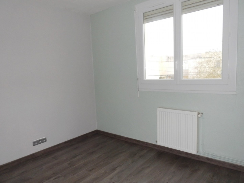 Sale house / villa Le passage 132000€ - Picture 6