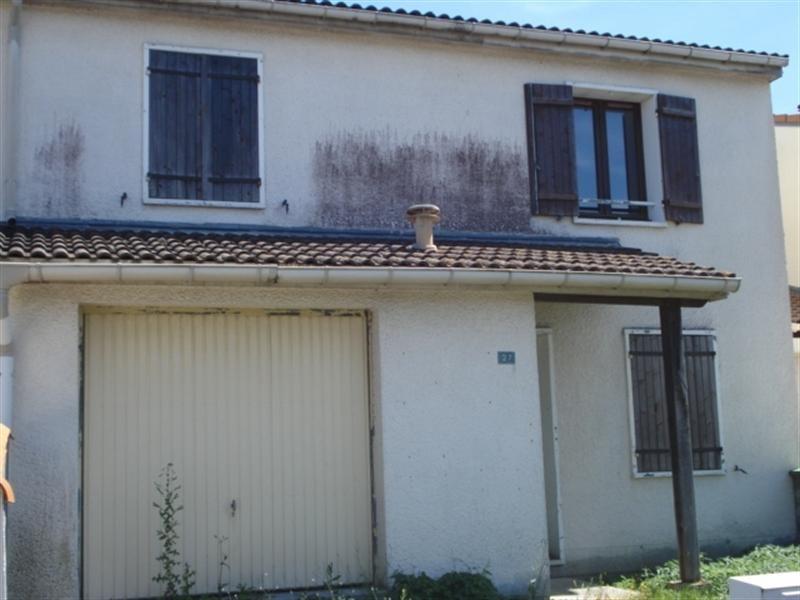 Sale house / villa Tonnay-charente 138000€ - Picture 1