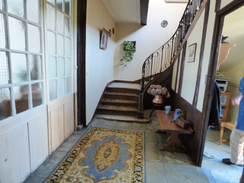 Investment property house / villa Les andelys 300000€ - Picture 1