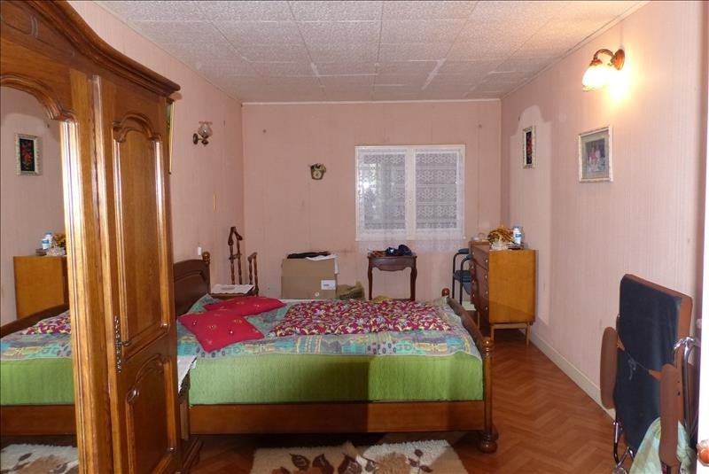 Sale house / villa St jean d angely 158250€ - Picture 5