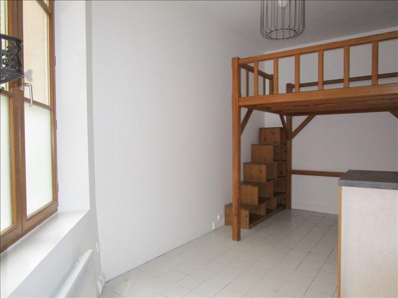 Rental apartment Versailles 610€ CC - Picture 1
