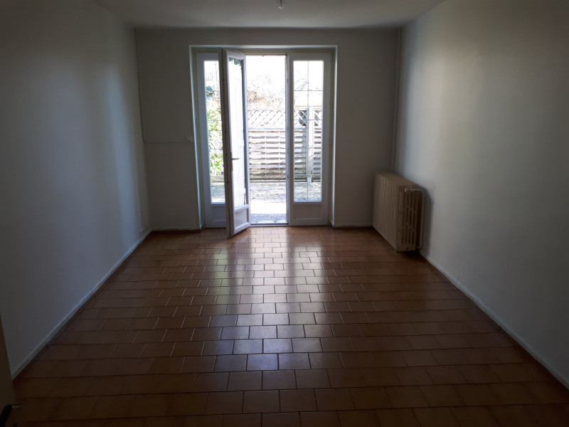 Rental house / villa Portets 808€ CC - Picture 5