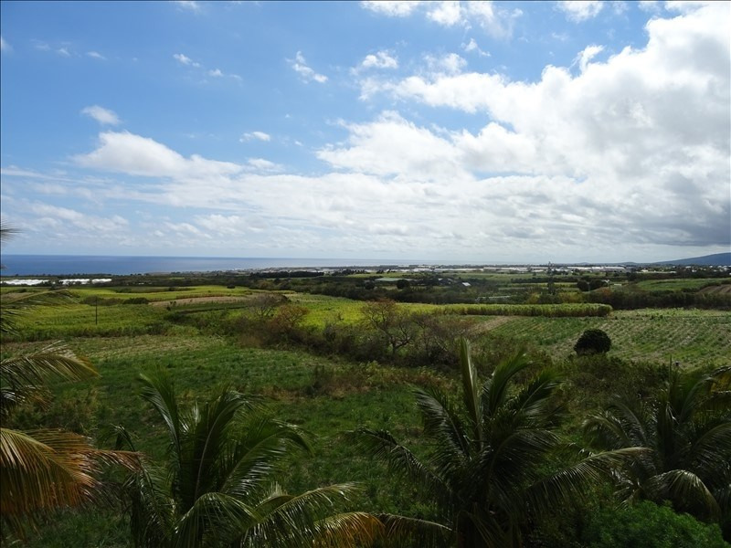 Investment property apartment St pierre 108000€ - Picture 3
