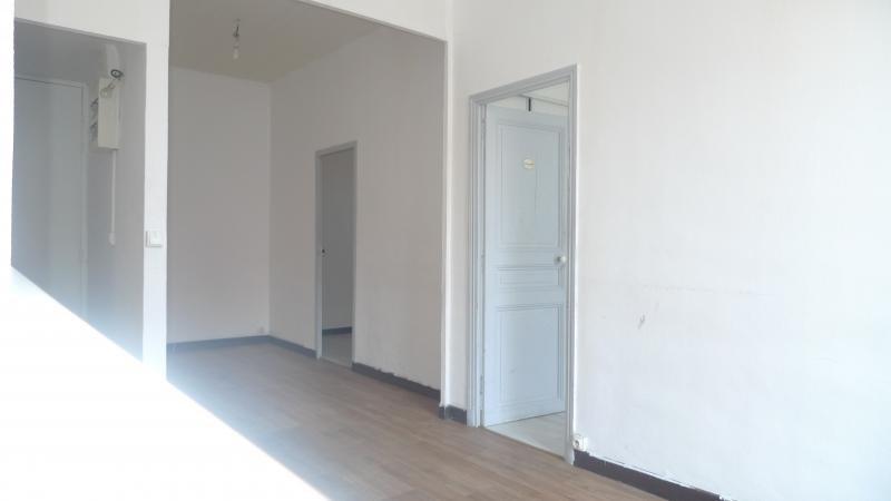 Location appartement Marseille 3ème 680€ CC - Photo 4