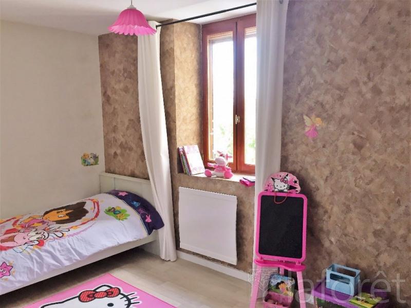 Sale house / villa La verpilliere 335000€ - Picture 8