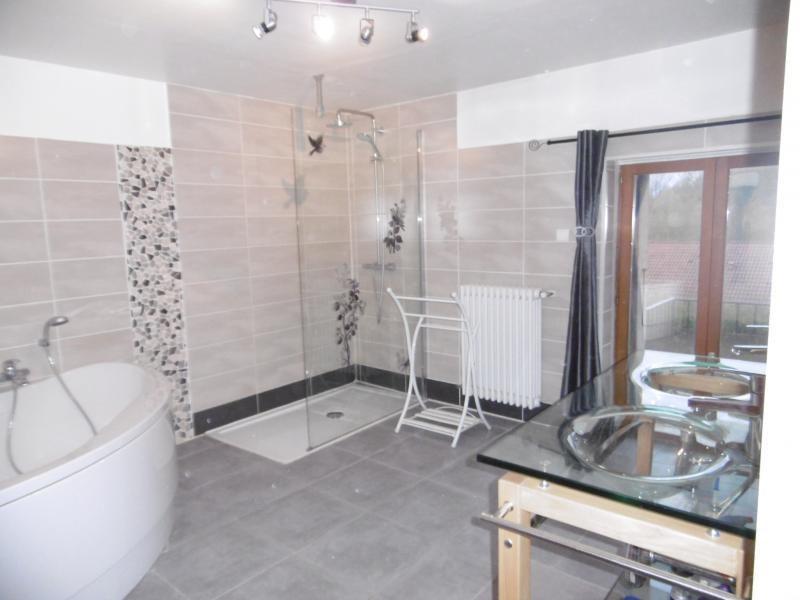 Vente maison / villa Belley 205500€ - Photo 7