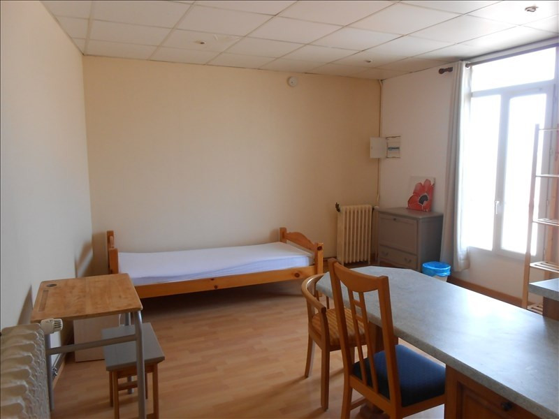 Rental apartment St quentin 445€ CC - Picture 2