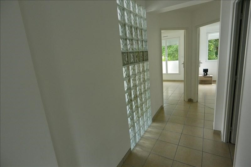Rental house / villa St genis pouilly 2200€ +CH - Picture 4