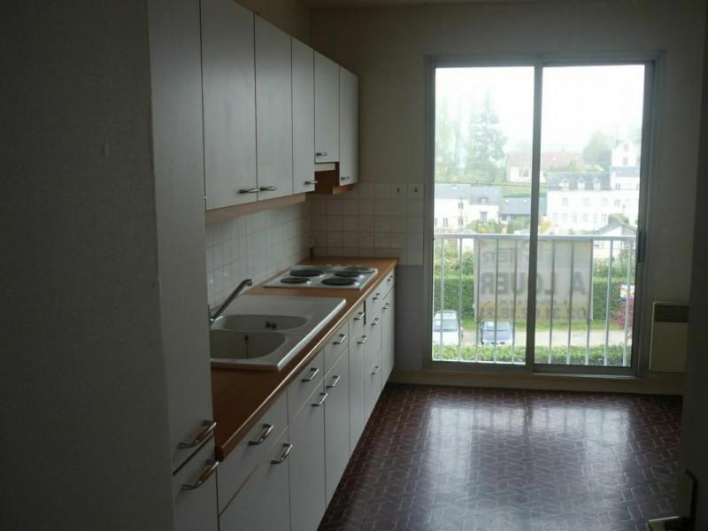 Sale apartment Lisieux 118000€ - Picture 2