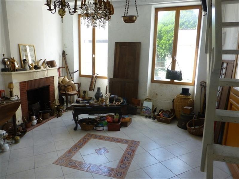 Sale house / villa Saint-jean-d'angély 48000€ - Picture 6