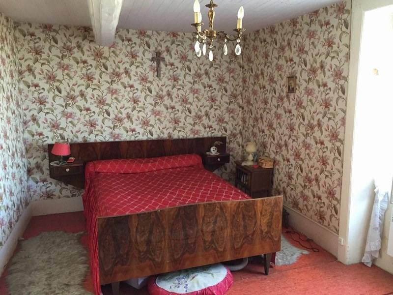 Vente maison / villa Cellieu 99000€ - Photo 4