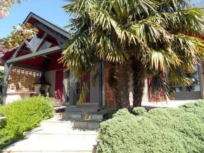 Sale house / villa Change 427480€ - Picture 2