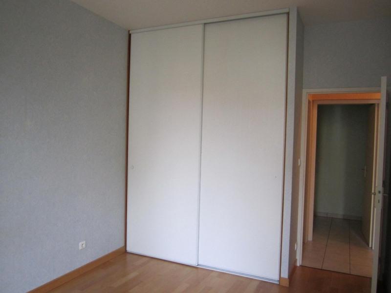 Rental apartment Baignes-sainte-radegonde 418€ CC - Picture 5
