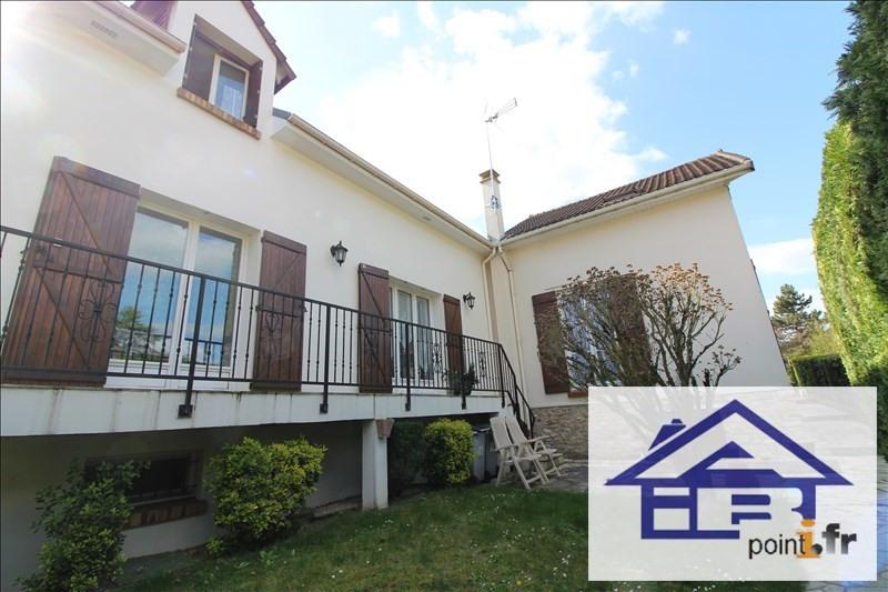 Sale house / villa Mareil marly 769000€ - Picture 1