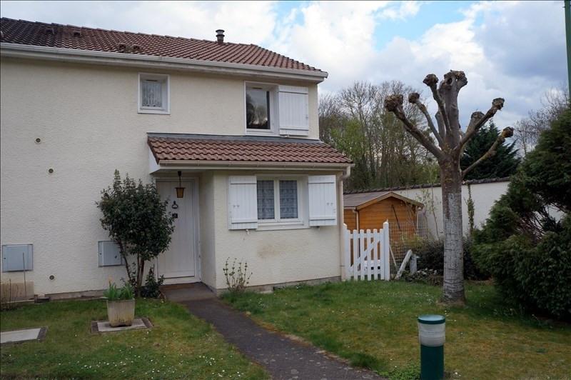 Sale house / villa Pontoise 271700€ - Picture 1