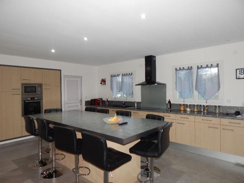 Sale house / villa Saujon 349800€ - Picture 2