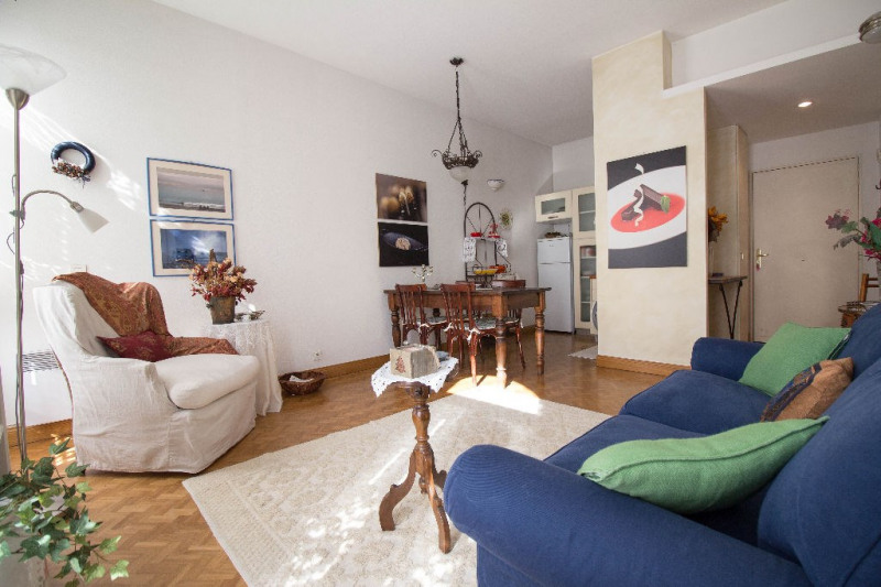 Sale apartment Nice 248000€ - Picture 1