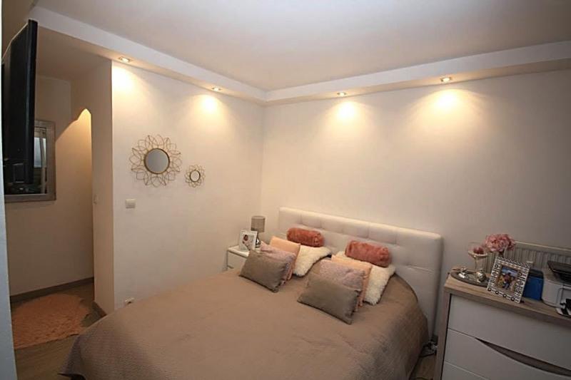 Sale apartment Juan-les-pins 296000€ - Picture 6
