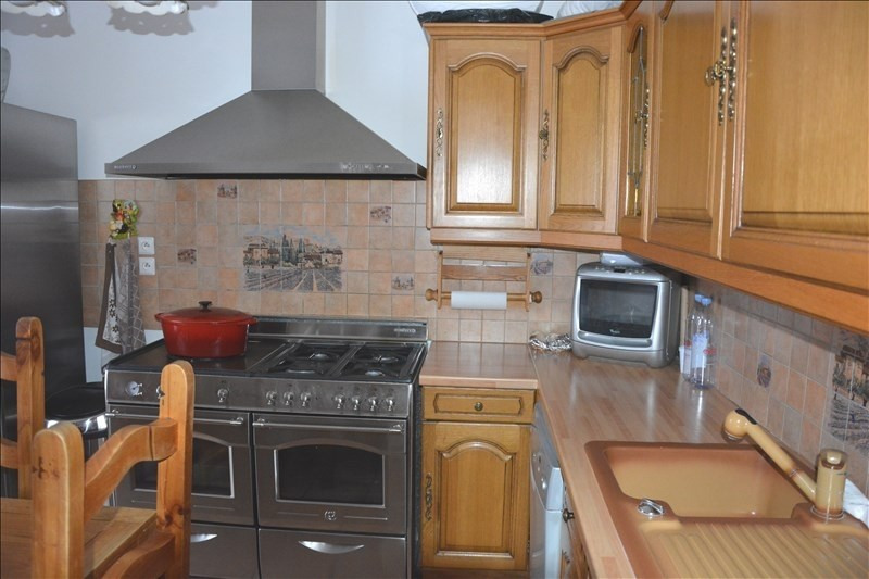 Sale apartment Peypin 180000€ - Picture 4