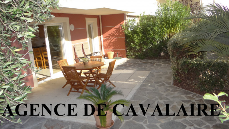 Sale apartment Cavalaire 339 000€ - Picture 1