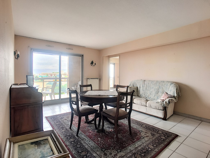 Sale apartment Saint laurent du var 289 000€ - Picture 2
