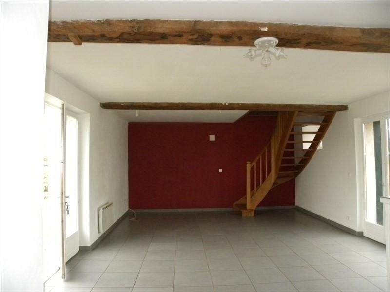 Location maison / villa St palais 560€ CC - Photo 2